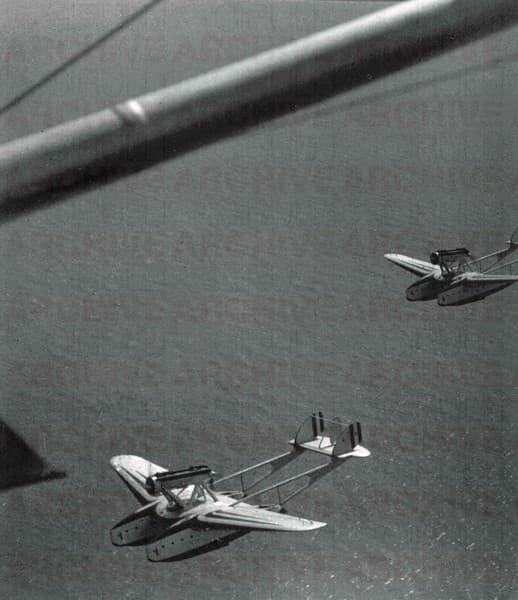 Alcuni dei 24 Idrovolanti SIAI. 55X sull'Atlantico