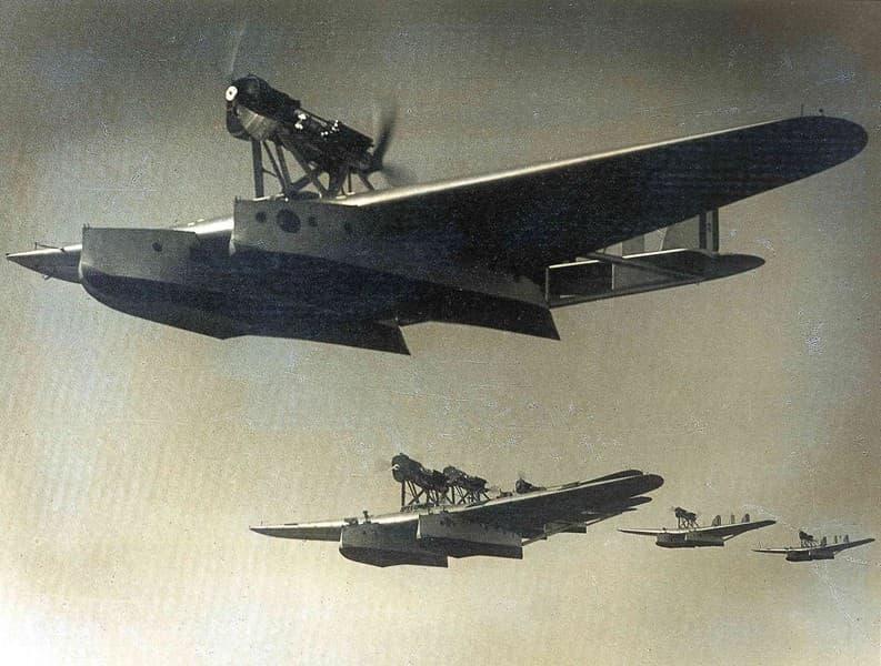 Prima crociera aerea traslatlantica, Italia-Brasile. Formazione sull'Atlantico