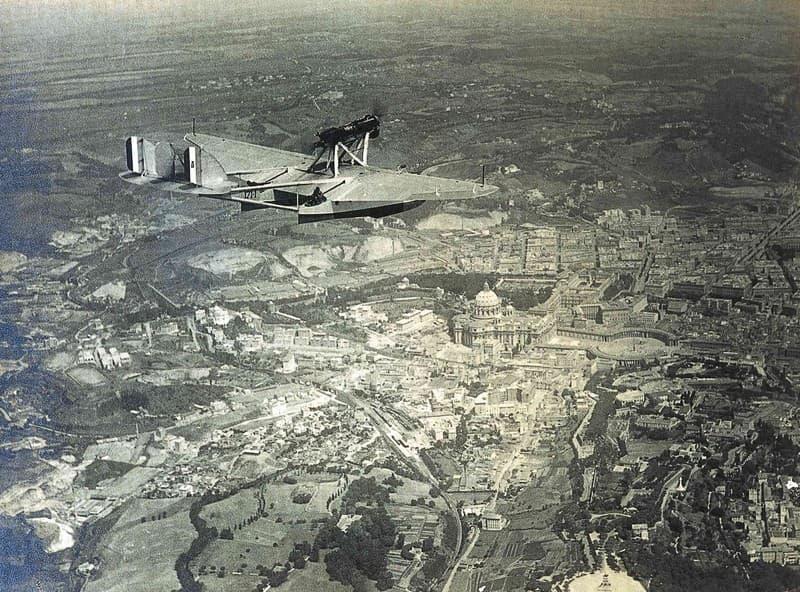 Prima crociera aerea traslatlantica, Italia-Brasile